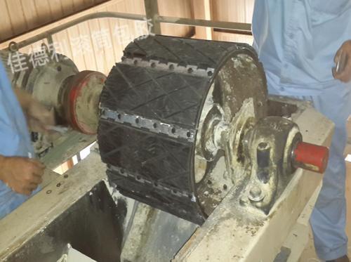 插板式滚筒包胶